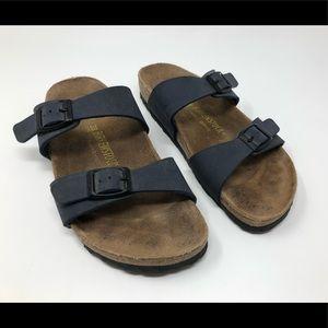 Classic Birkenstock sandals size 38 L7M5